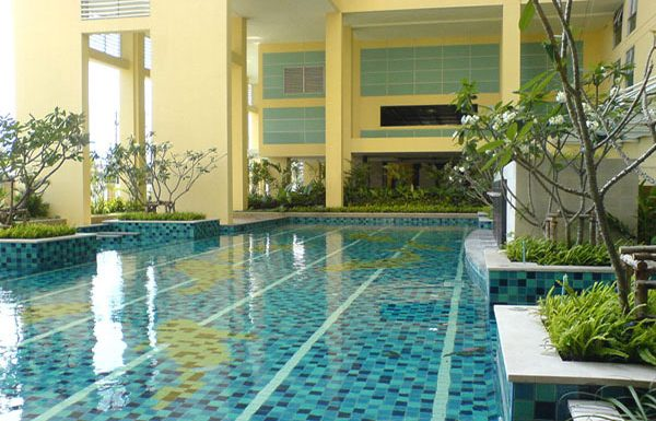 The-Star-Estate-Rama-3-Bangkok-condo-for-sale-swimming-pool-2